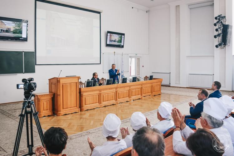 Visit of the Academician of the Russian Academy of Sciences, Doctor of Veterinary Sciences, Professor Anatoly Yakovlevich Samuilenko to the Stavropol State Agrarian University